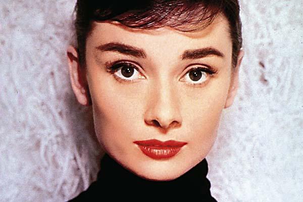 Audrey Hepburn Flavors Of Fashion Beauty In Boston - Audrey-hepburn-makeup