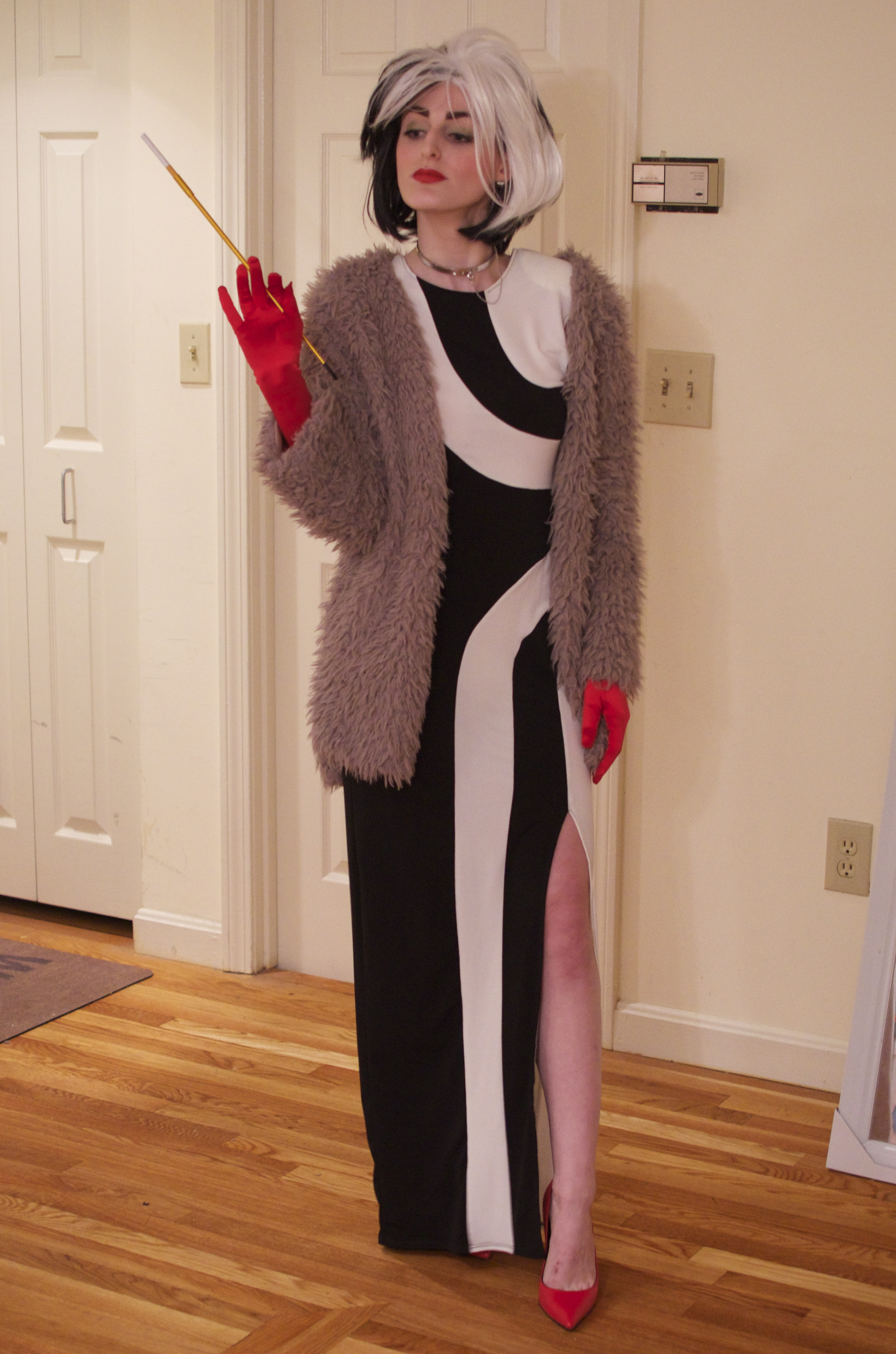 Cruella de vil flavors of fashion beauty in boston cruella de vil solutioingenieria Image collections